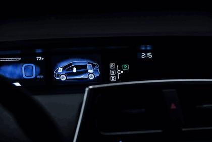 2016 Toyota Prius 35