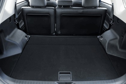 2016 Toyota Prius v 28
