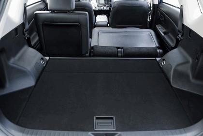 2016 Toyota Prius v 29