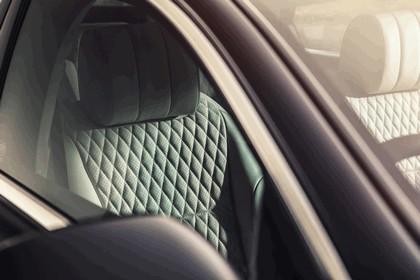 2015 Jaguar XJ Portfolio 18