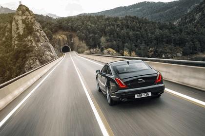 2015 Jaguar XJ R-Sport 4