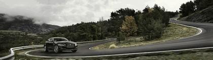 2015 Jaguar XJ R-Sport 9