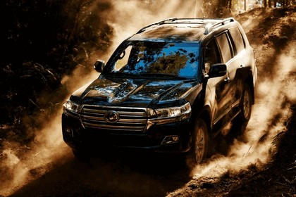 2016 Toyota Land Cruiser 3