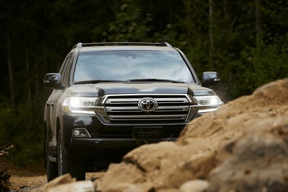 2016 Toyota Land Cruiser 22