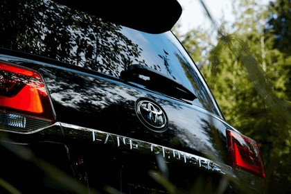 2016 Toyota Land Cruiser 41