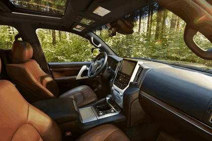 2016 Toyota Land Cruiser 42