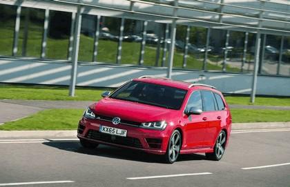 2015 Volkswagen Golf ( VII ) R Estate - UK version 13