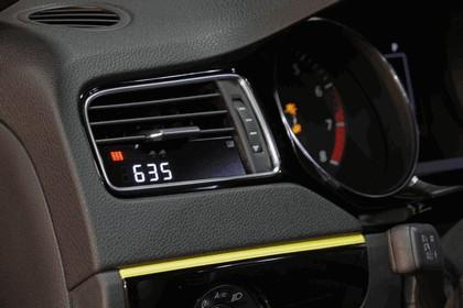 2015 Volkswagen Jetta GLI Momo Edition - USA version 5