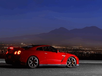 2007 Nissan GT-R 183