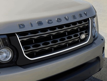 2016 Land Rover Discovery Graphite 7
