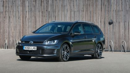 2016 Volkswagen Golf GTD Estate - UK version 1
