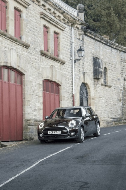 2015 Mini Cooper D Clubman - UK version 71