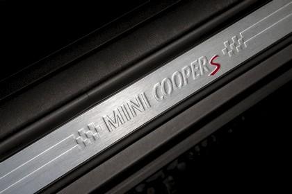 2015 Mini Cooper S Clubman - UK version 97