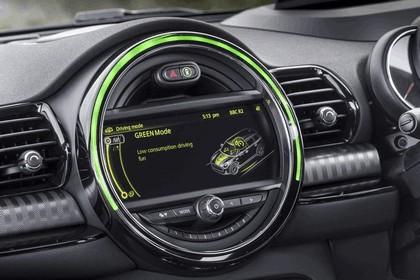 2015 Mini Cooper S Clubman - UK version 113