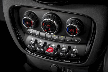 2015 Mini Cooper S Clubman - UK version 125