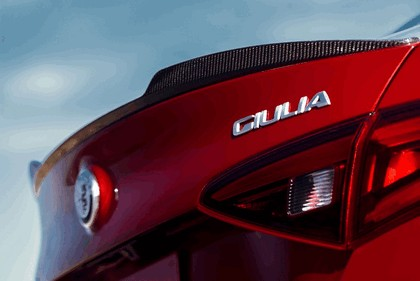 2015 Alfa Romeo Giulia Quadrifoglio - USA version 46