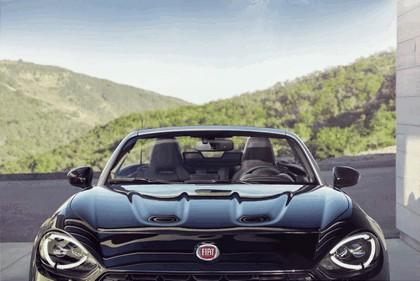 2015 Fiat 124 spider - USA version 21