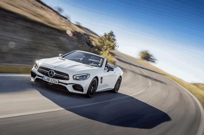 2015 Mercedes-AMG SL 63 11