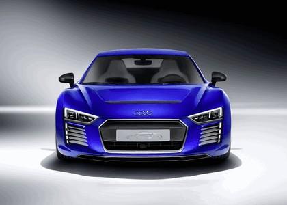 2015 Audi R8 e-tron piloted driving 1