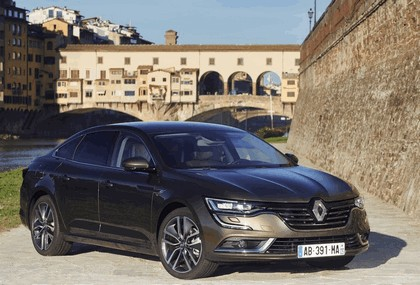2015 Renault Talisman - test drive in Tuscany 1