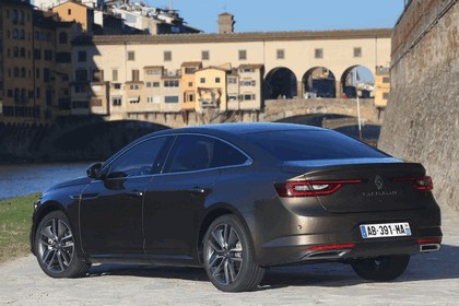 2015 Renault Talisman - test drive in Tuscany 2