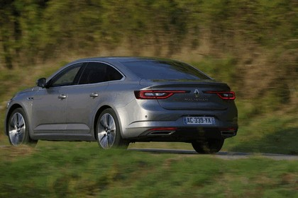 2015 Renault Talisman - test drive in Tuscany 19