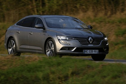 2015 Renault Talisman - test drive in Tuscany 22