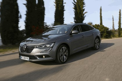 2015 Renault Talisman - test drive in Tuscany 24