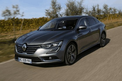 2015 Renault Talisman - test drive in Tuscany 28