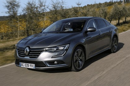 2015 Renault Talisman - test drive in Tuscany 29
