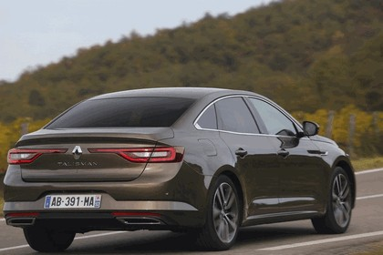 2015 Renault Talisman - test drive in Tuscany 58