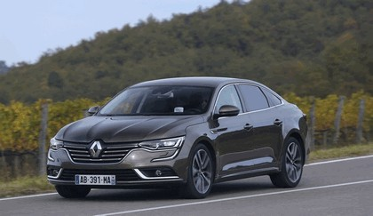 2015 Renault Talisman - test drive in Tuscany 60