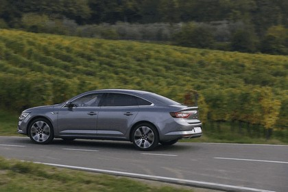 2015 Renault Talisman - test drive in Tuscany 66