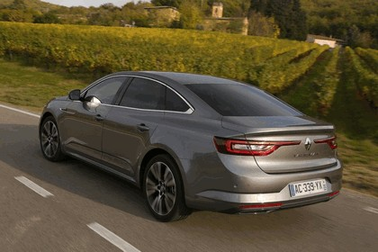 2015 Renault Talisman - test drive in Tuscany 76