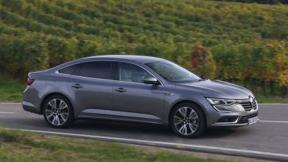 2015 Renault Talisman - test drive in Tuscany 8