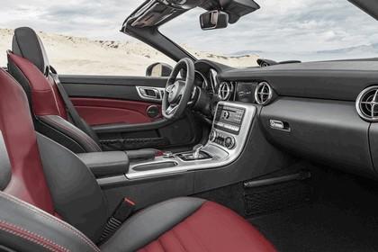 2016 Mercedes-Benz SLC 300 9
