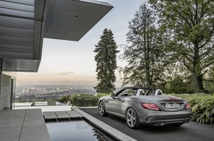 2016 Mercedes-Benz SLC 300 18