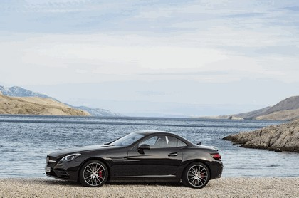 2016 Mercedes-AMG SLC 43 2