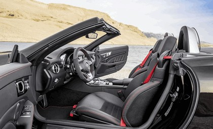 2016 Mercedes-AMG SLC 43 7