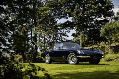 1970 Ferrari 365 GT 2+2 - UK version 1