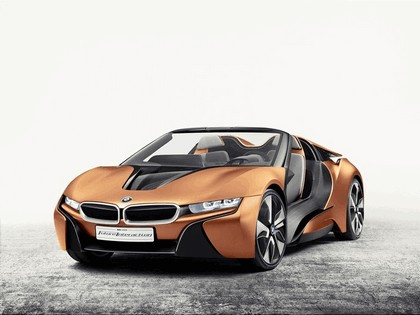 2016 BMW iVision Future Interaction 1