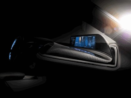 2016 BMW iVision Future Interaction 3