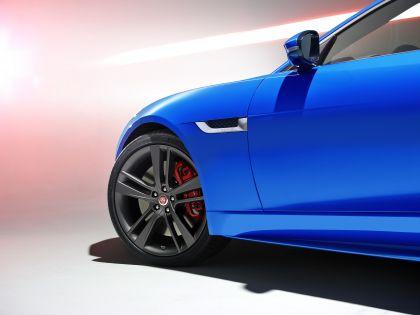 2016 Jaguar F-type British Design Edition 10