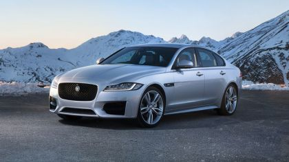 2016 Jaguar XF 20d AWD - UK version 4