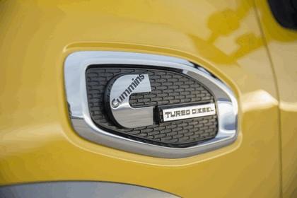 2016 Nissan Titan XD 38