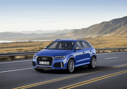 2016 Audi RS Q3 Amplified 12