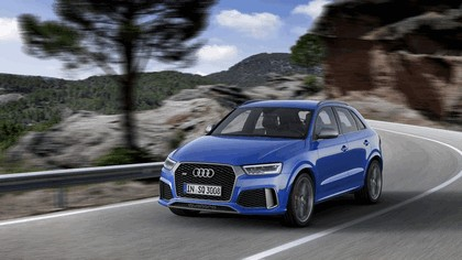 2016 Audi RS Q3 Amplified 13