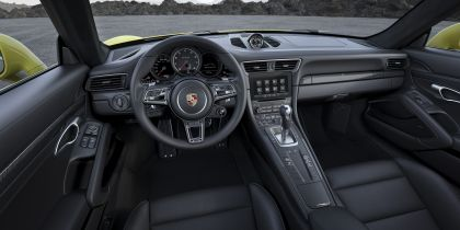 2016 Porsche 911 ( 991 type II ) Turbo S 28