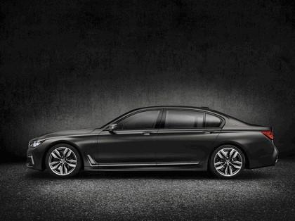 2016 BMW M760Li xDrive 2