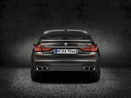 2016 BMW M760Li xDrive 6